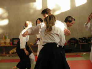 Aikido Training Gruppe Angriff Tsuki