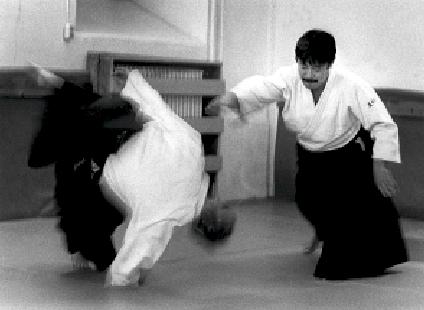 Kazuo Igarashi. Foto: Magnus Hartman. Aikido Technik Kokyo Nage.