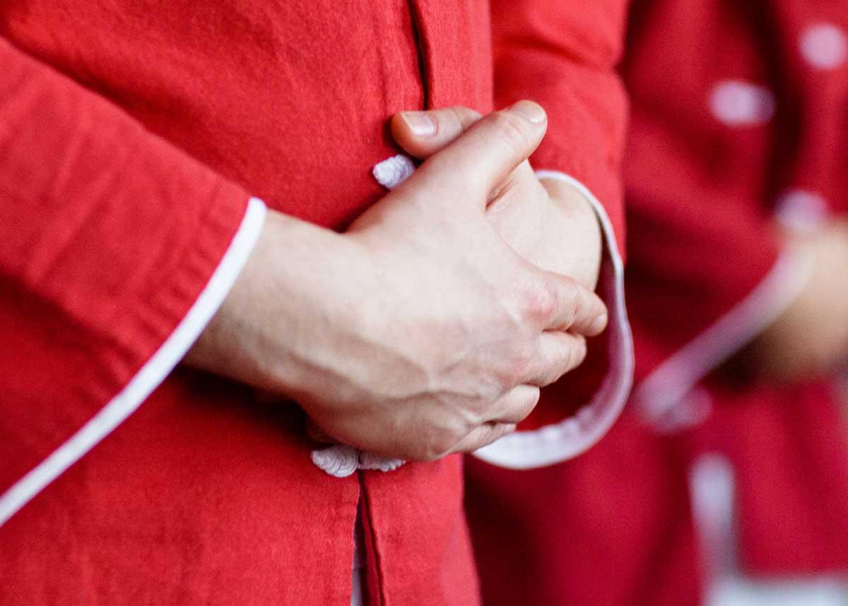 Qi sammeln im Dantian - ins Dantian schauen, denken, hören - Drei in Eins oder Dantian Mudra
